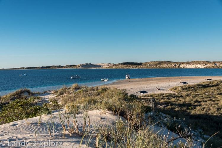 Coral-Bay-Strand-1