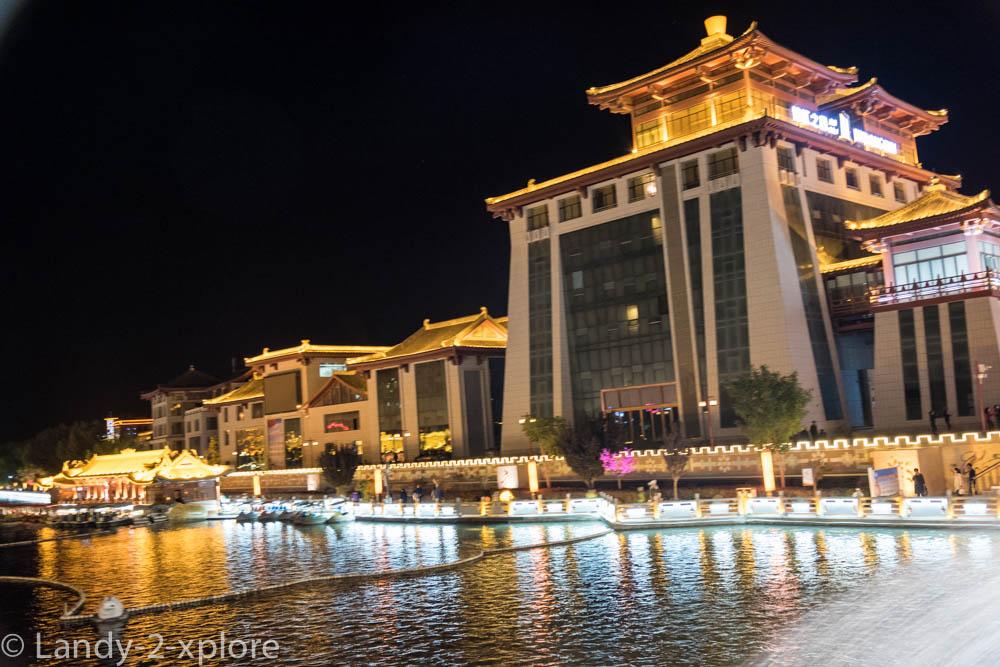 Dunhuang-15